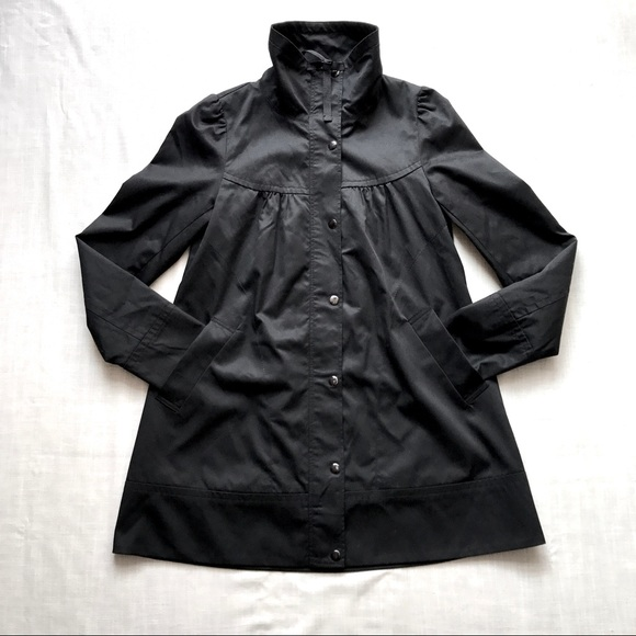H&M Jackets & Blazers - H&M black puff shoulder A-line coat